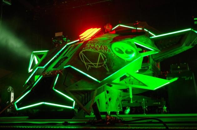 Skrillex spacehip